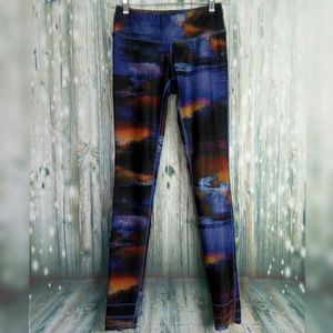 MPG Gallery collection leggings